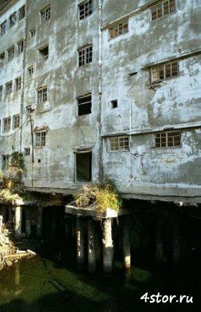 Япония, заброшенный город-остров Ганкаджима