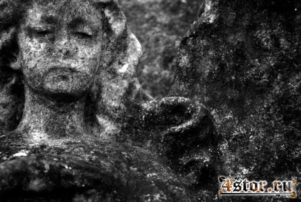 Старое кладбище в Лондоне