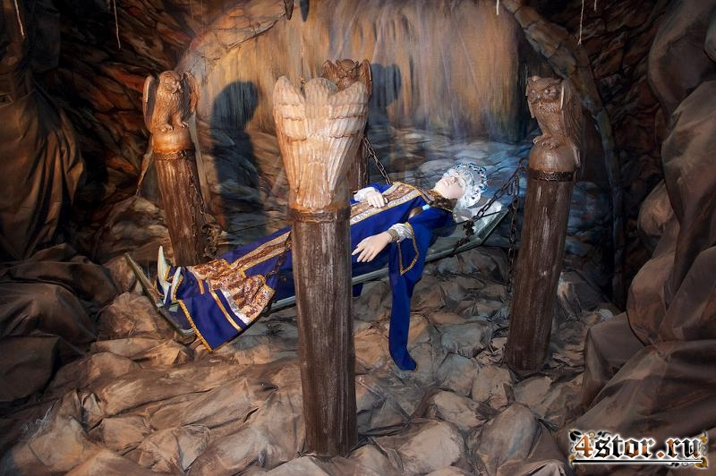 Хрустальный гроб: фольклорно-этнографические истоки