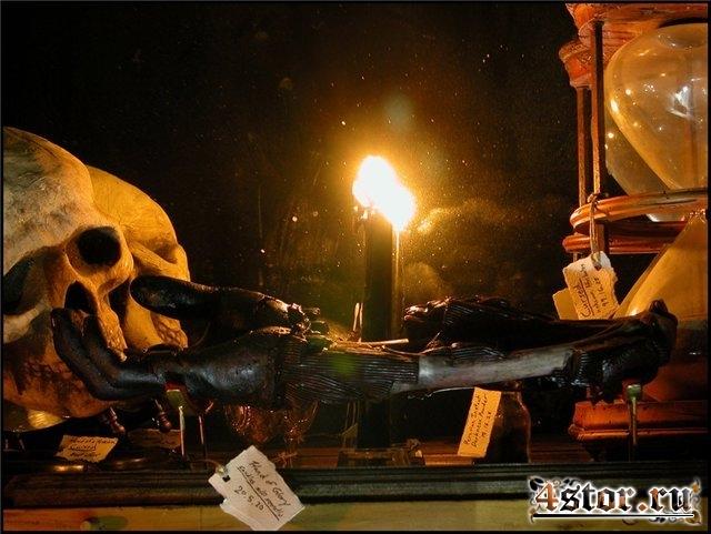 Славная рука и воровские свечи